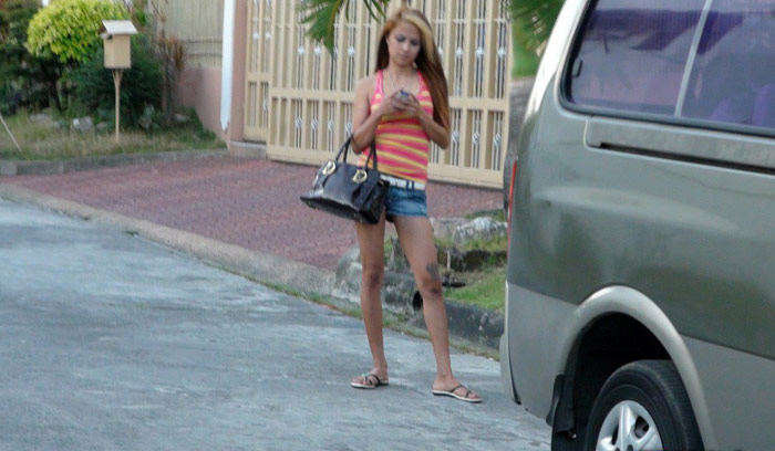 Spotted this perfect Filipina pussy while waiting for a trike