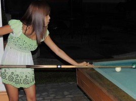 Filipina Pussy Spinner Playing Pool