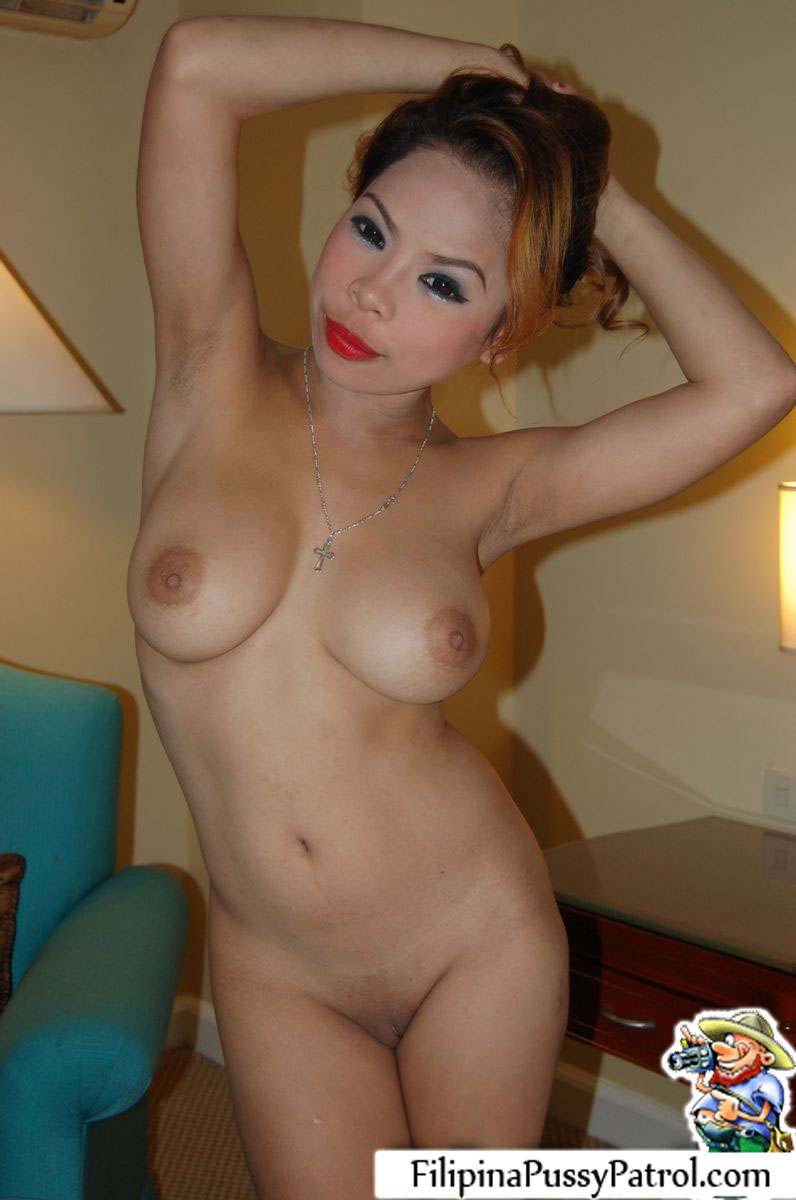 Hot pinay boobs and pussy